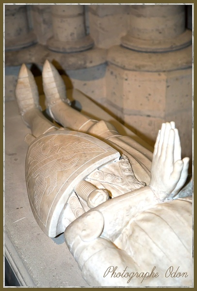 032_Cathedrale-de_Saint_Denis.jpg